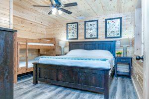 The Lodge at Harble Ridge - Basement King + Bunks