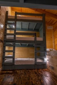 The Lodge at Harble Ridge - Bunk Room w/ 9 beds